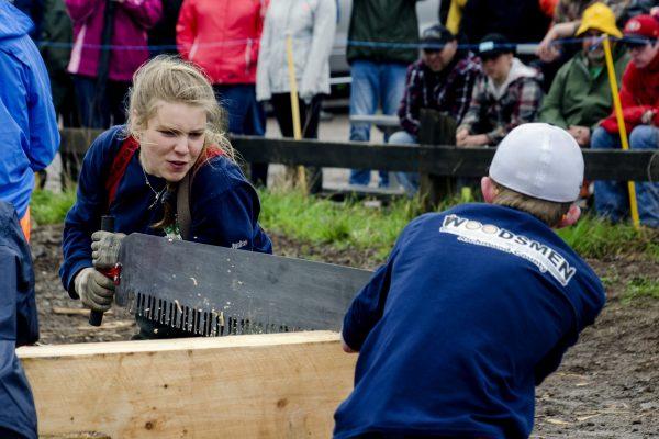 Woodsman Competition 2- 4-H Weekend - phot credit Jon Fox Photography